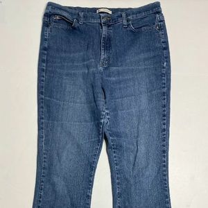 Lee Size 16 Long Relaxed Bootcut Jeans Medium Wash
